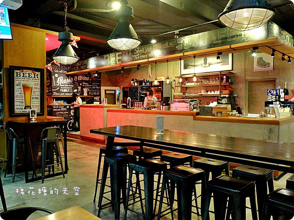 20170708112546 71 - 熱血採訪||Emma's CAFE活龍蝦堡每天晚上七點限量搶!