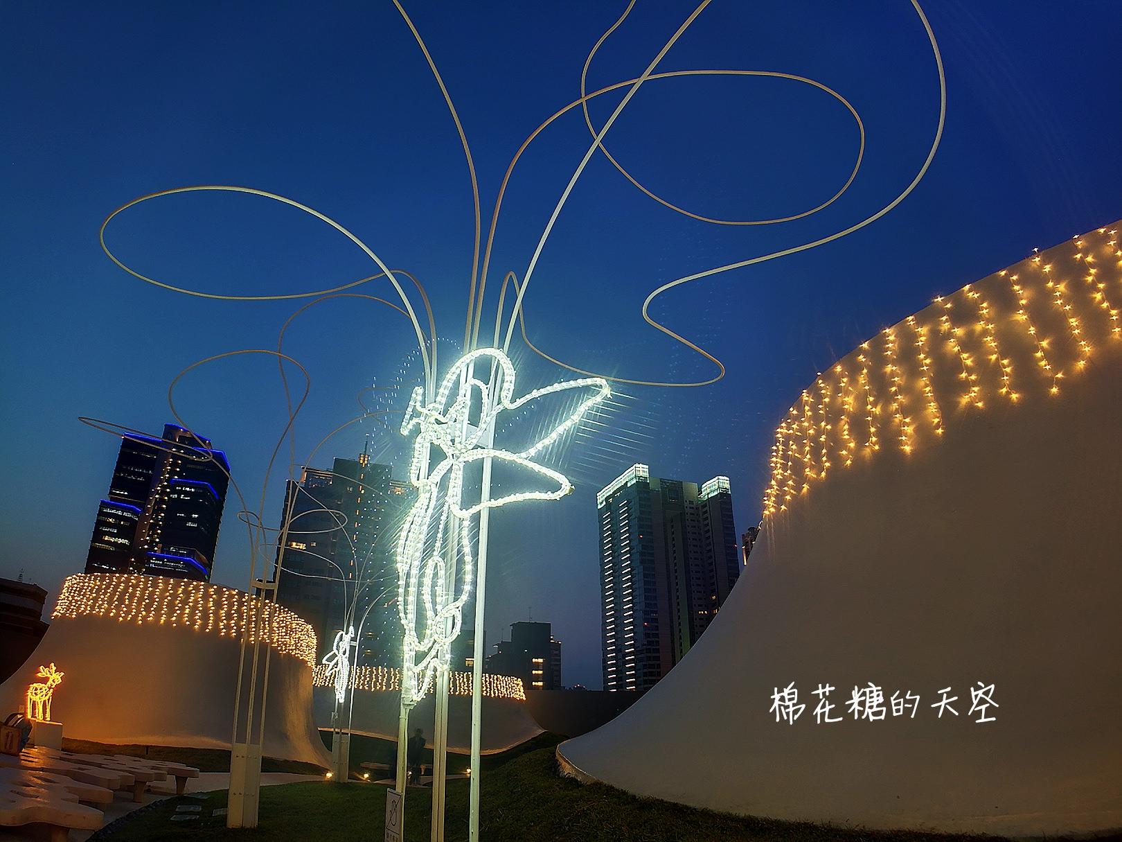 七期浪漫空中花園亮燈囉!高空豪宅當背景~歌劇院空中花園來張最高價自拍!