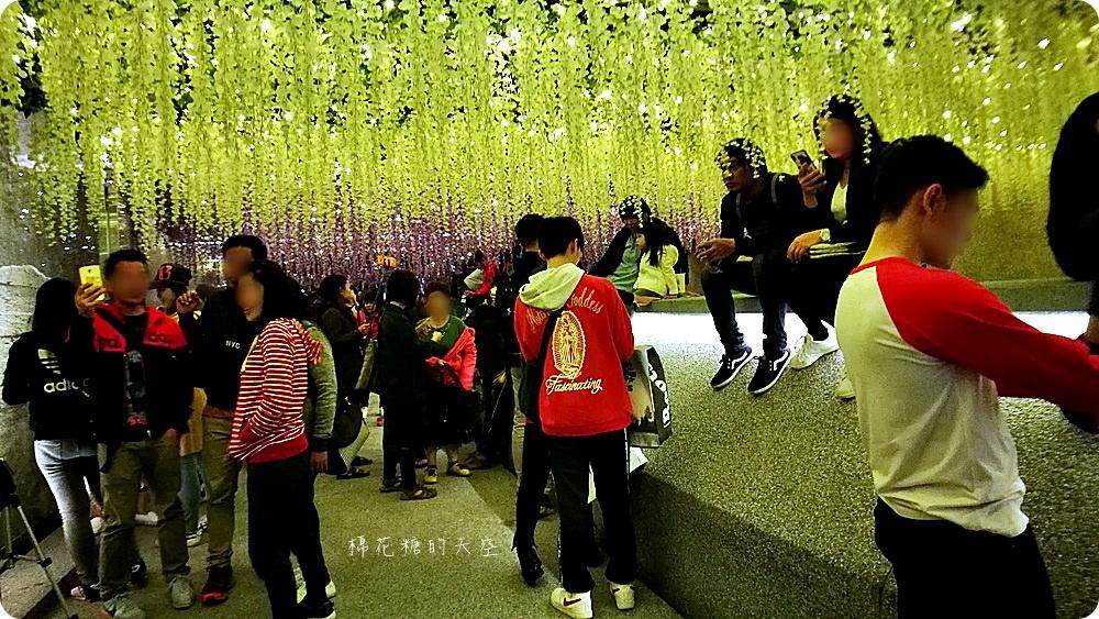 20180220140329 34 - 綠川落花隧道人潮大爆滿│拍照小心別被推到河裡