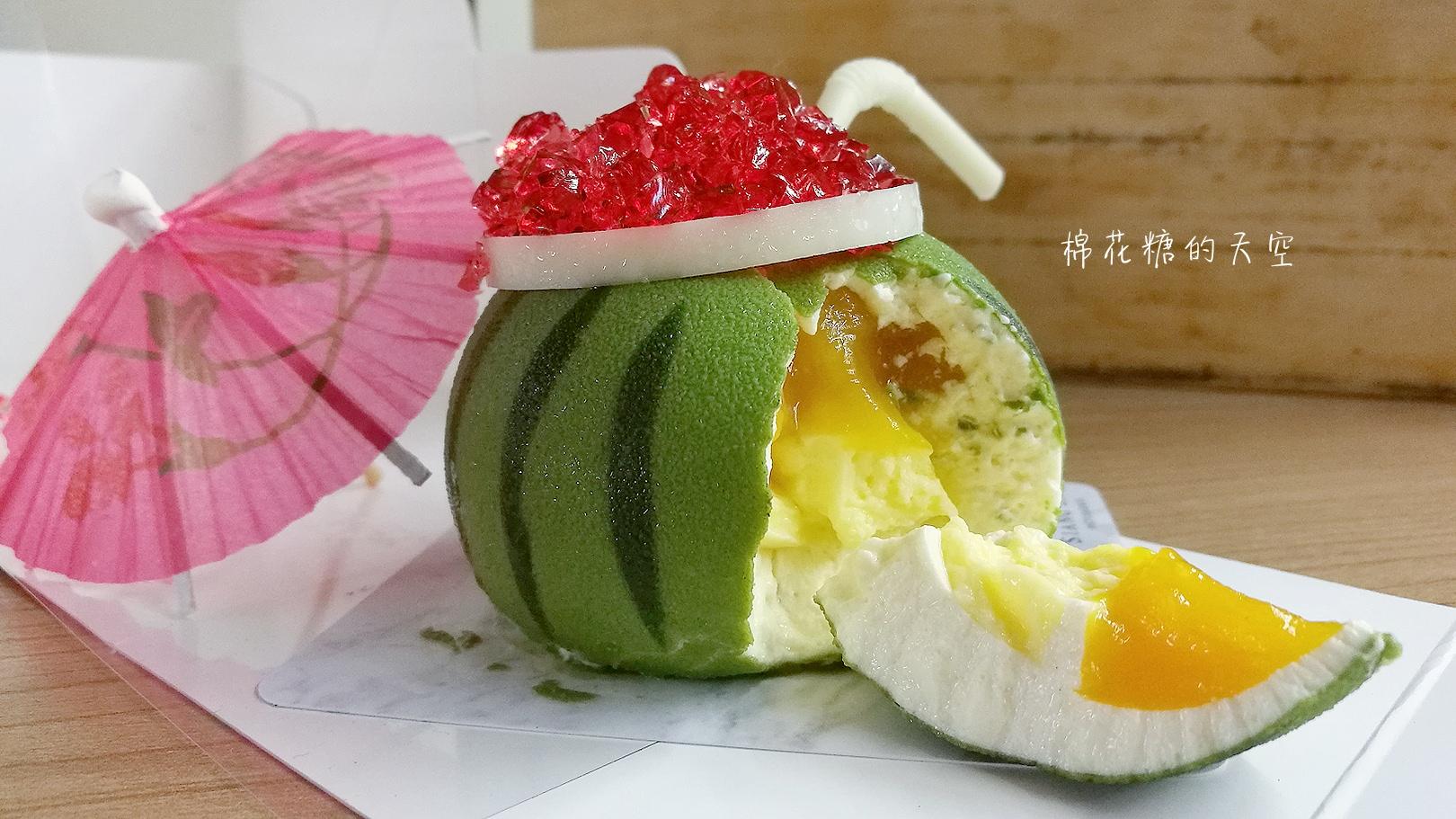 20180418222407 43 - 台中浮誇系甜點最新品-夏日西瓜,連吸管都可以吃喔!