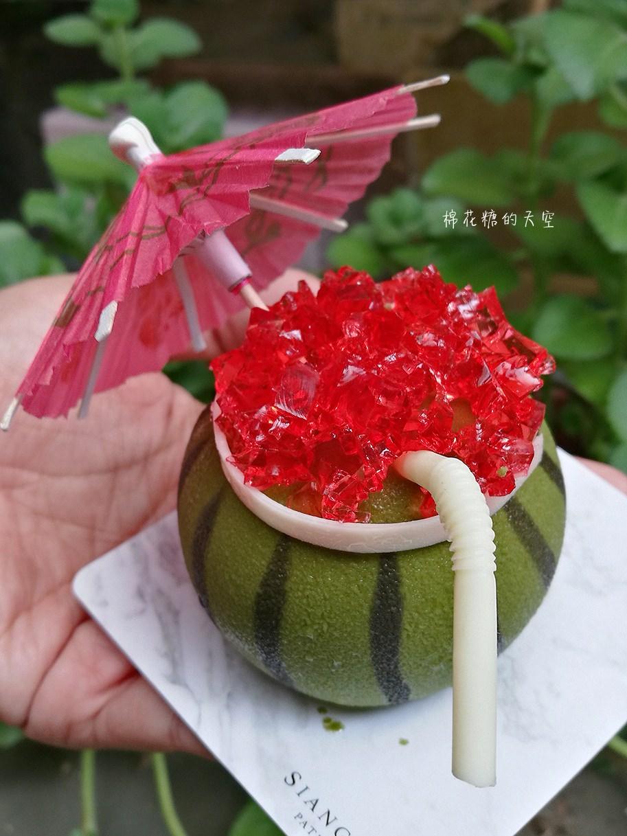 20180418222417 46 - 台中浮誇系甜點最新品-夏日西瓜,連吸管都可以吃喔!