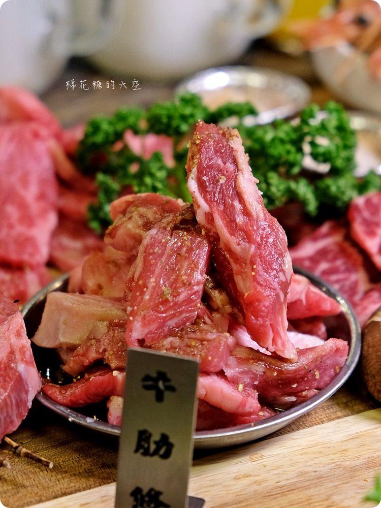 北屯在地人大推燒肉店-龍門燒肉 馬場洞韓牛專賣店,記得一定要加點隱藏版海鮮盤