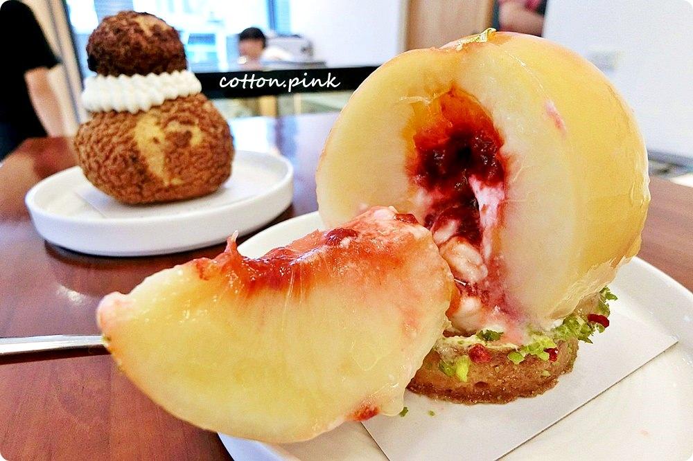 整顆水蜜桃做甜點!葉食甜點工作室季節限定奢華版水蜜桃塔台中就有!錯過……明年不知道有沒有