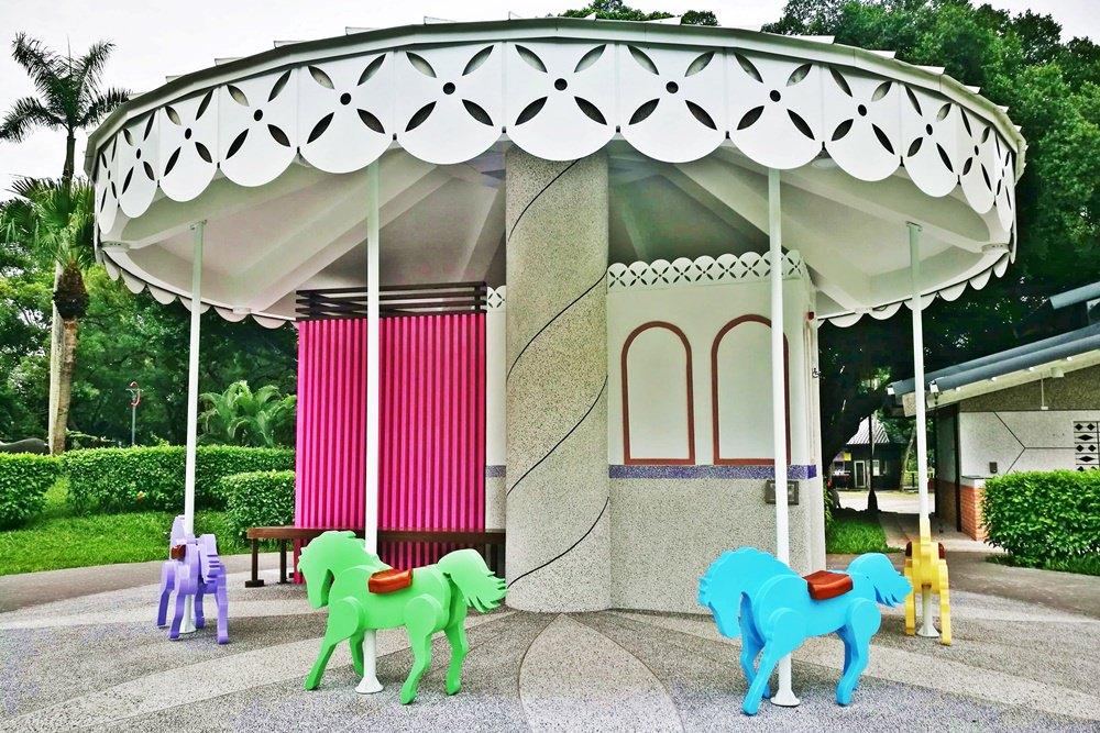 20180830180345 68 - 全台唯一五星級旋轉木馬廁所藏匿在台中公園!你上過了嗎?