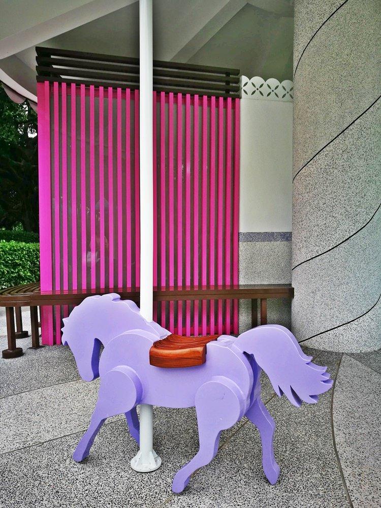 20180830180346 37 - 全台唯一五星級旋轉木馬廁所藏匿在台中公園!你上過了嗎?