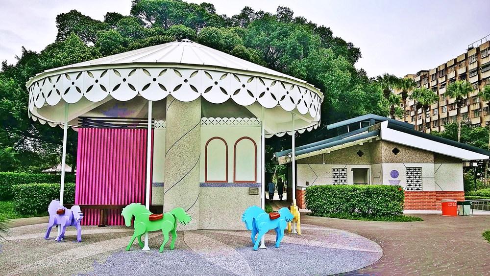 20180830180351 31 - 全台唯一五星級旋轉木馬廁所藏匿在台中公園!你上過了嗎?
