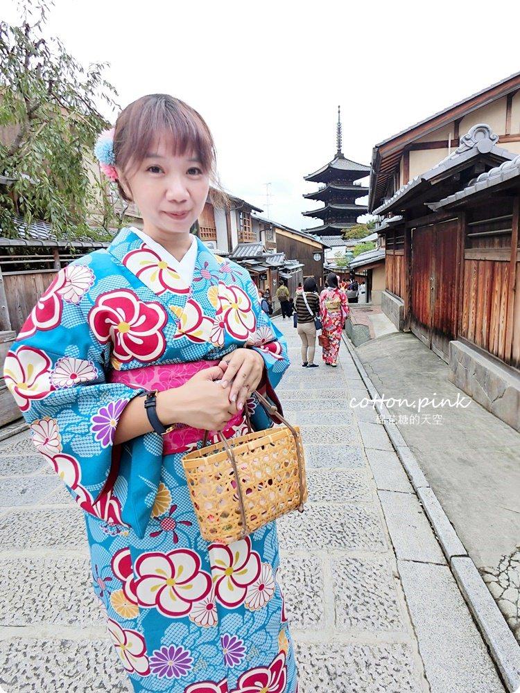 京都和服體驗推薦|京小町和服出租花色選擇多,清水寺、八坂庚申堂就在附近,浴衣、振袖、袴通通有