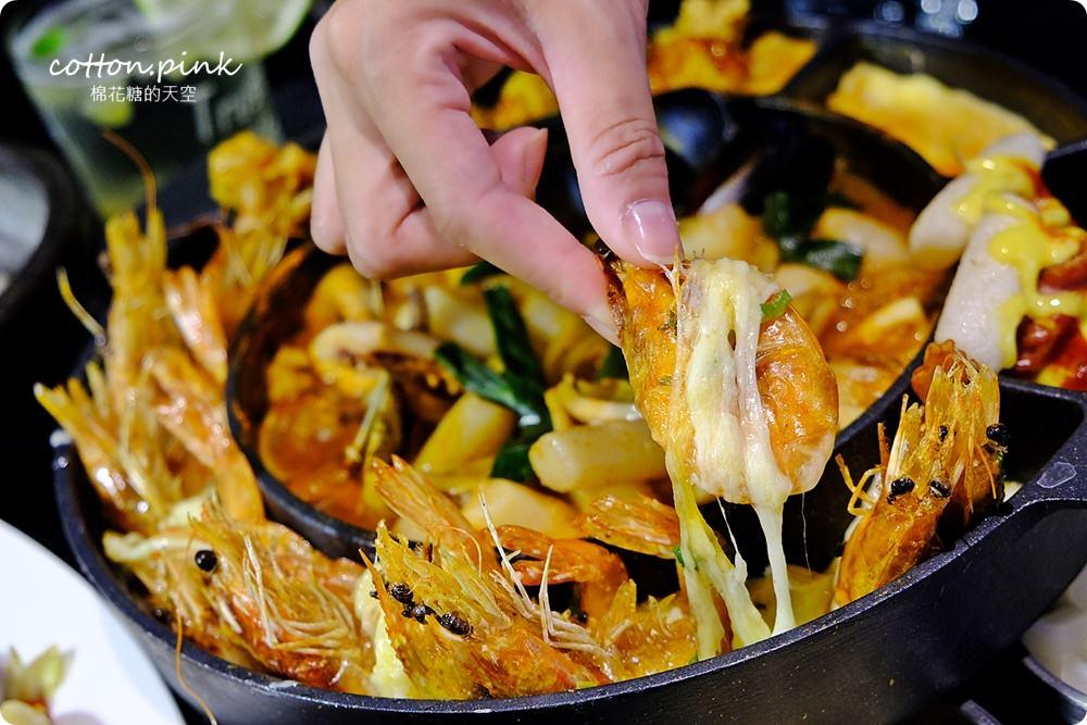 台中韓式美食|隱藏版韓式起司海鮮鍋在台中中科拉拉廚房牽絲啦!吃到痛風也願意!