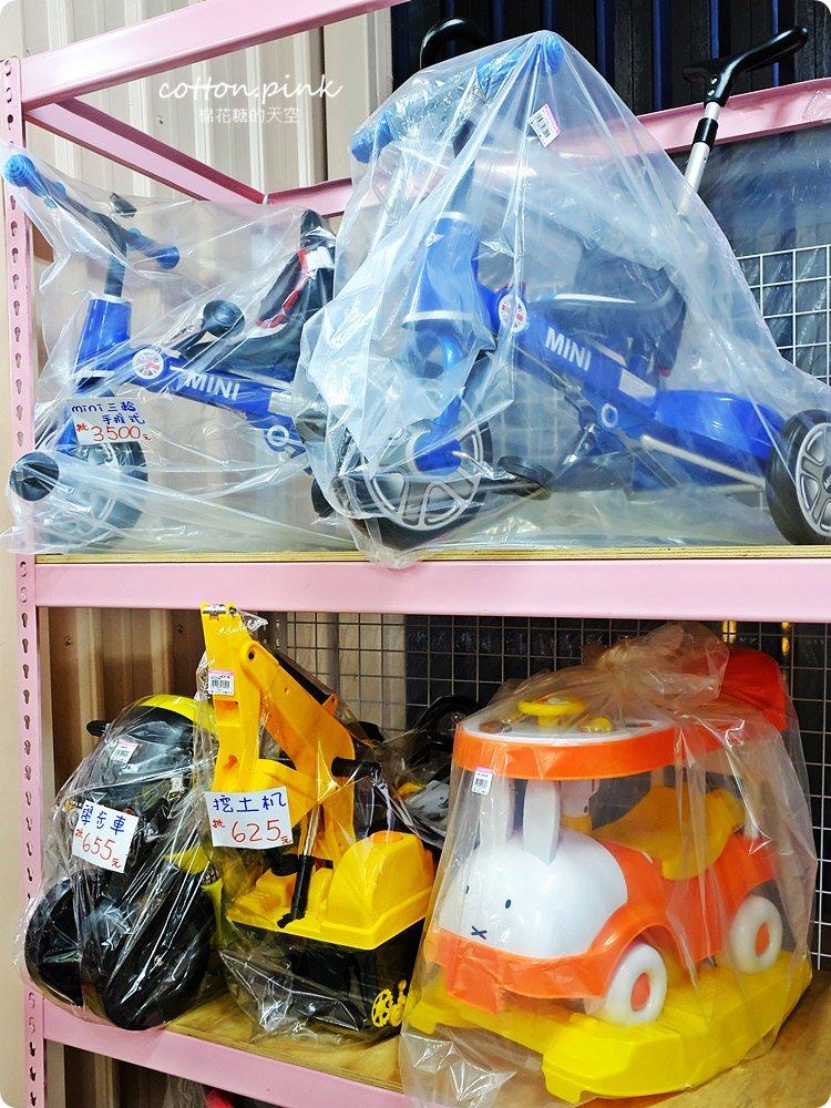 20181211113348 5 - 熱血採訪│台中聖誕禮物批發,不只大人小朋友會瘋狂,還有超多玩具可以逛