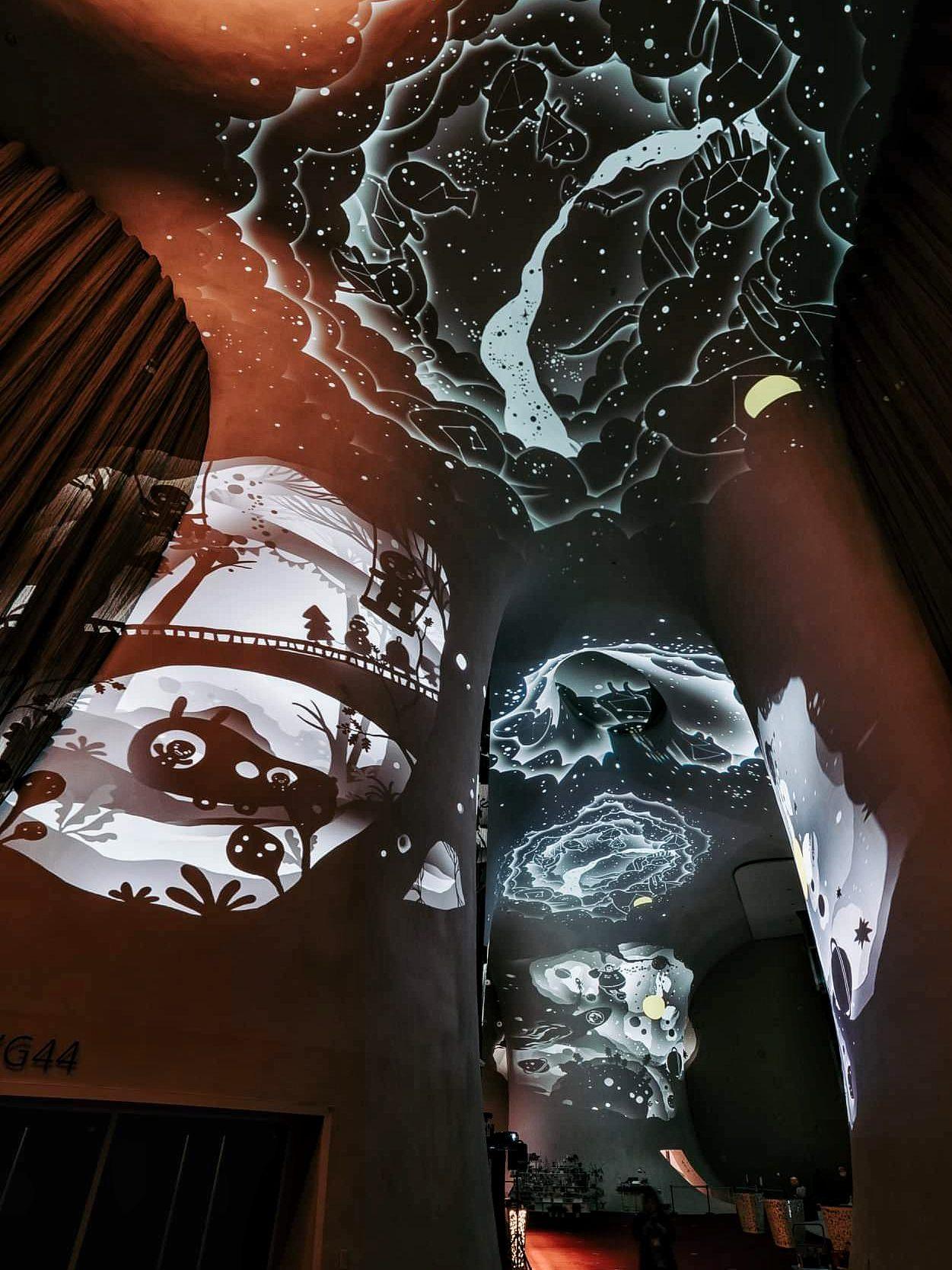 20181219160559 33 - 2018台中歌劇院最新聖誕活動開跑啦!限時兩周~魔幻曲牆光影秀免費參觀唷