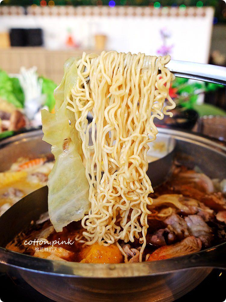 台中薑母鴨大升級-優雅版薑母鴨火鍋就在麋鹿鍋物,也能做成鴛鴦鍋喔!