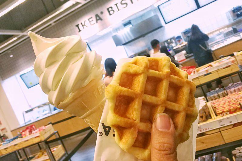 20190218202100 18 - 冰淇淋鬆餅只要25元!IKEA隱藏版神組合~超好吃!