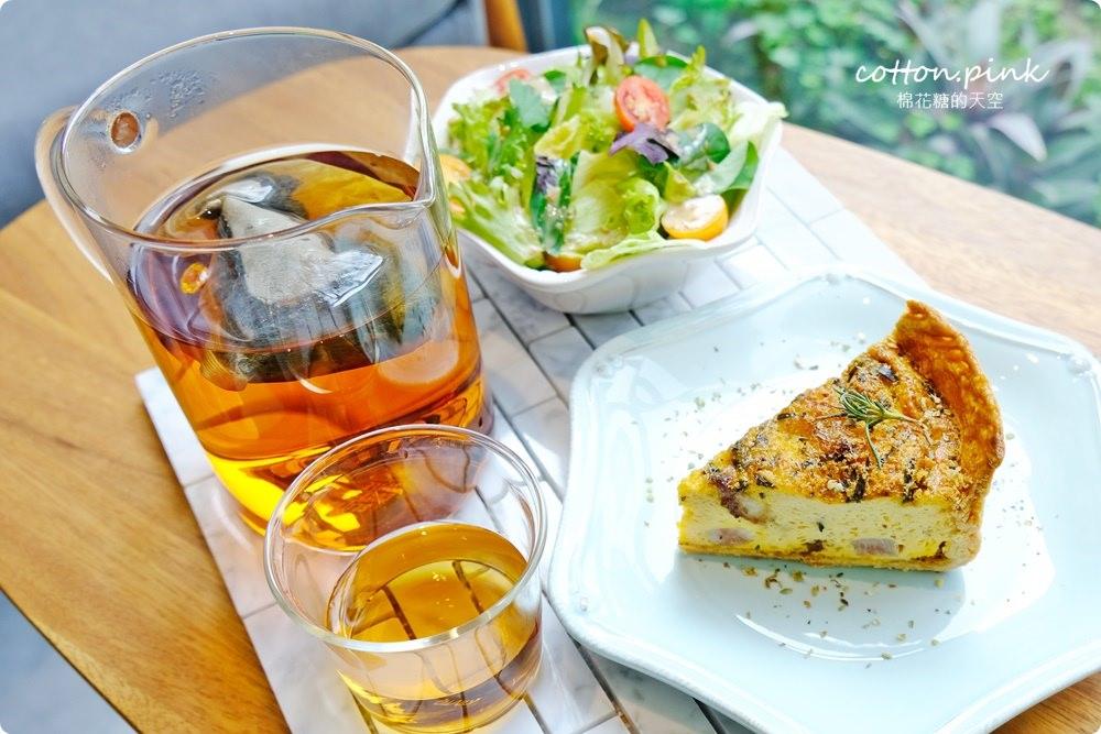 台中西屯庭園早午餐-米石里,療癒系草原、設計感貨櫃餐廳IG打卡超好拍