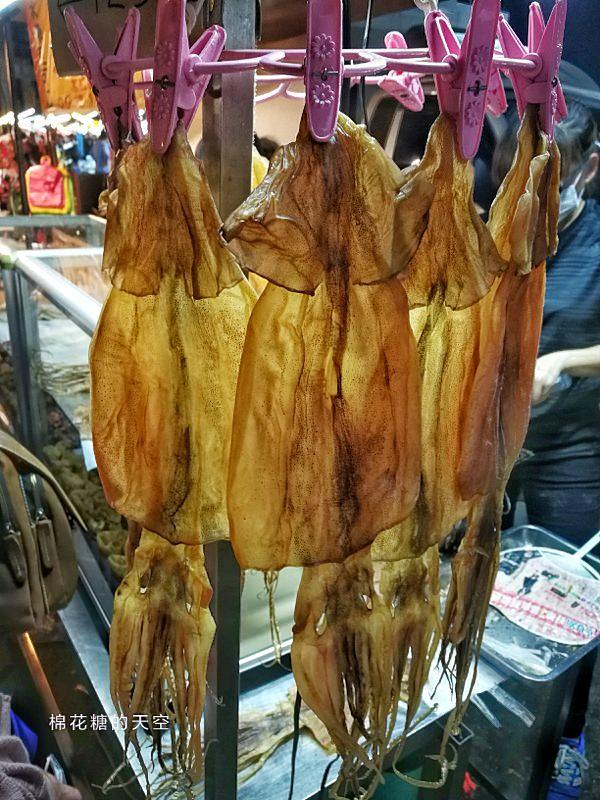 20190323230546 39 - 台中旱溪夜市排隊美食-碳烤蜜汁魷魚絲季節限定唷!