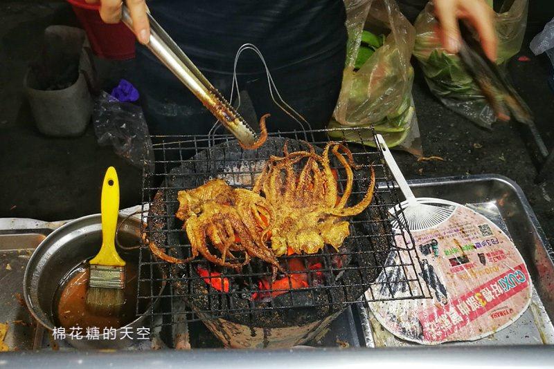 20190323230639 28 - 台中旱溪夜市排隊美食-碳烤蜜汁魷魚絲季節限定唷!