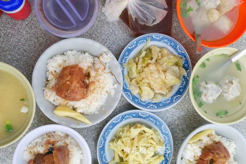 20190412222126 45 - 台中第五市場必吃阿彬爌肉飯-只有早餐吃得到隔壁就是太空紅茶冰