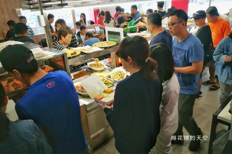 台中大里也有泰式自助餐啦!最新開幕~雞排超大塊!奶茶無限喝!