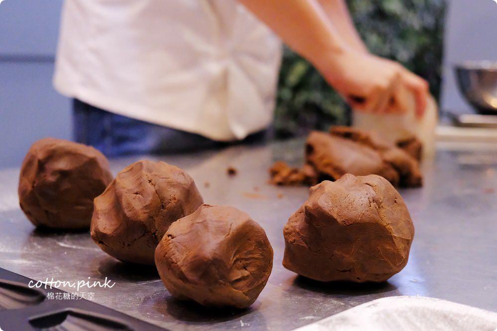 台中伴手禮推薦-薔薇森林手工餅乾盒,大推苦甜法國巧克力口味