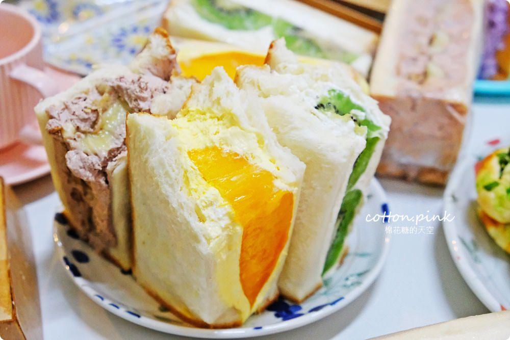 台中麵包老店過生日啦!馥漫麵包花園23周年慶~加碼推出水果三明治,季節限定芒果口味快來搶!