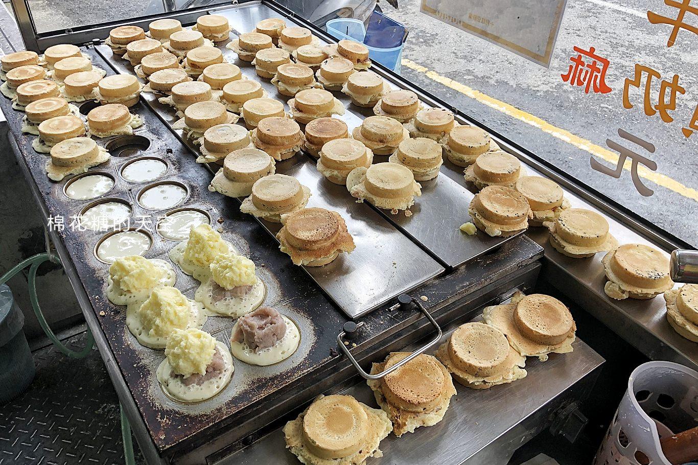 台中東勢必吃美食-超爆漿十月紅豆餅,選擇困難者還有雙口味唷