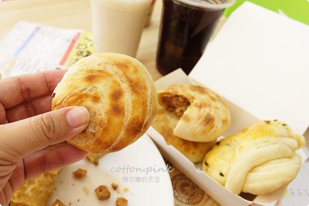 台中道地眷村味燒餅,大口袋燒餅料多到爆炸!最新千層烤餅也不能錯過!