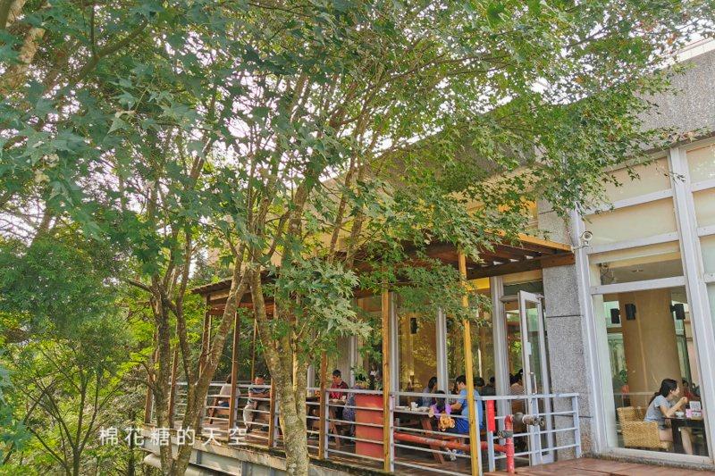 台中住宿推薦 東勢林場不只可以賞花、爬山、看螢火蟲還可以住宿泡溫泉喔!