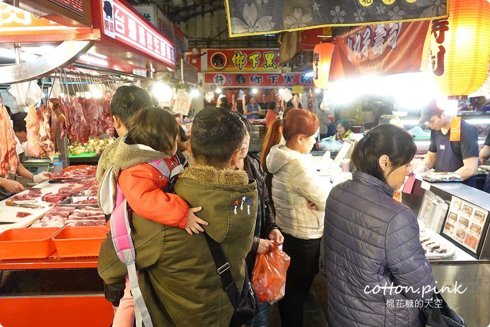 文心崇德站美食|北平路黃昏市場超多好料~山東千層蔥花大餅一定要試試!
