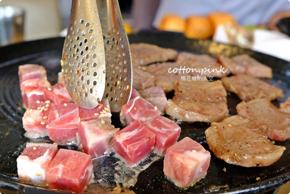 台中吃到飽這家真的吃很飽~肉食夥伴動起來!最新肉鮮生滿滿肉盤不怕你吃
