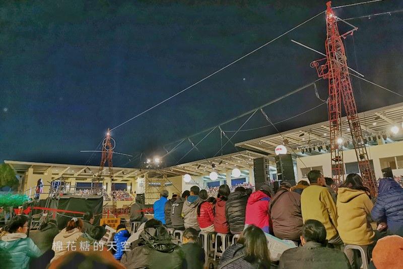 20200210160432 34 - 台灣燈會后里馬場燈區每晚都有高空特技表演~免費入場超好看!