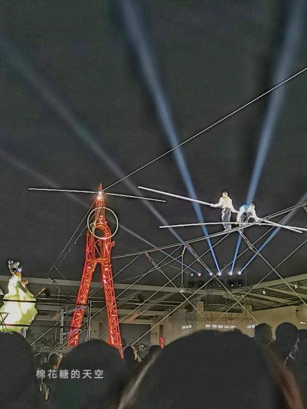 20200210160449 81 - 台灣燈會后里馬場燈區每晚都有高空特技表演~免費入場超好看!