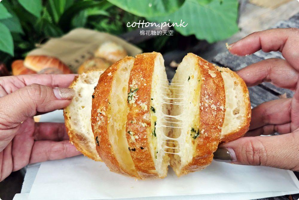 20200314162750 18 - 熱血採訪│韓國最夯的蒜蒜包!巴蕾麵包改良過,鹹甜鹹甜牽絲更好吃