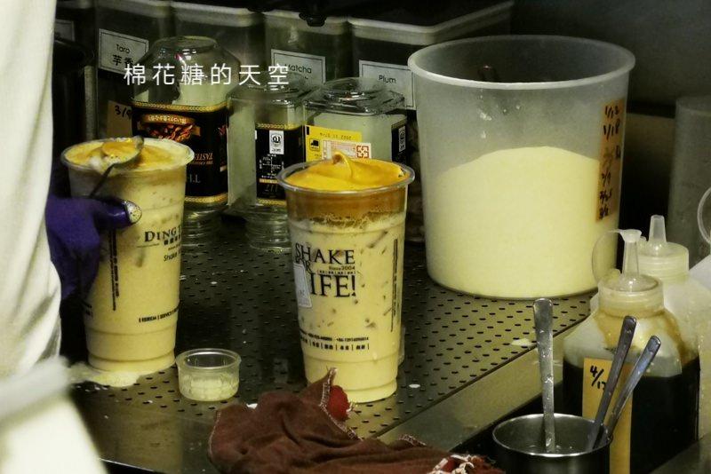 超夯400次咖啡不用自己打,台中第一家手打咖啡加奶茶在逢甲夜市
