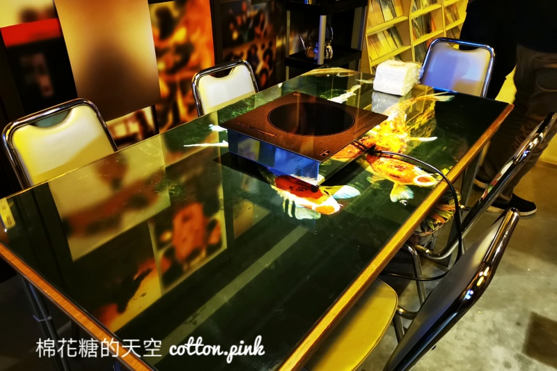 老牌麻辣鍋台中快閃概念店!浪漫屋by詹記十二月訂位已全滿~文末附上套餐菜單、訂位連結