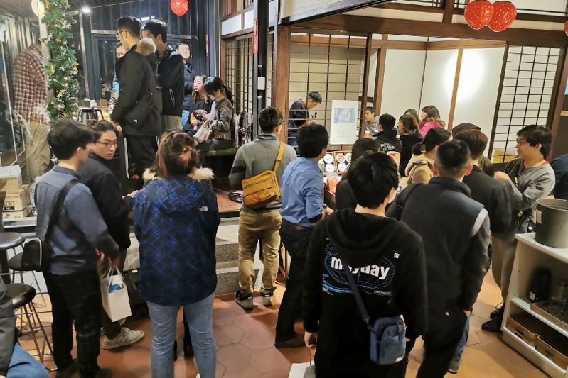 只有一晚!台中多家咖啡廳齊聚快閃為公益~喝完一輪價值多少你決定!