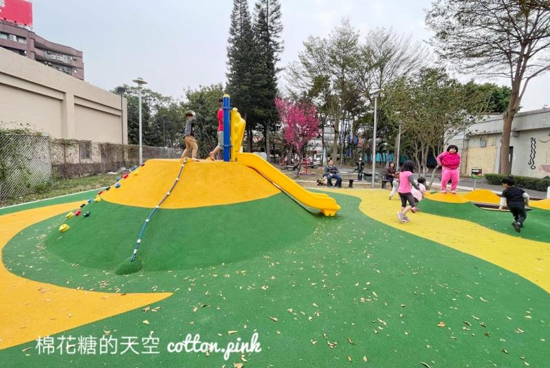 台中小公園大變身!小小登山區宜放電超可愛~東勢美樂地公園