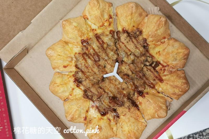 端午節不返鄉~來點不一樣的粽子……披薩!必勝客最新口味無極限~