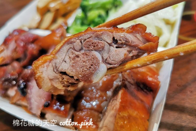 台中燒臘便當推薦|西屯路上食為大港式燒臘肉超多的啦~