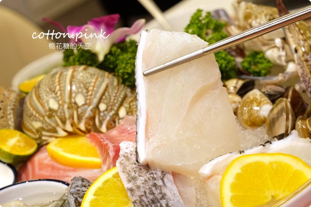 台中人氣火鍋~嗑肉石鍋最新二代店大升級!全台第一家!蔬菜、咖哩飯、霜淇淋吃到飽!