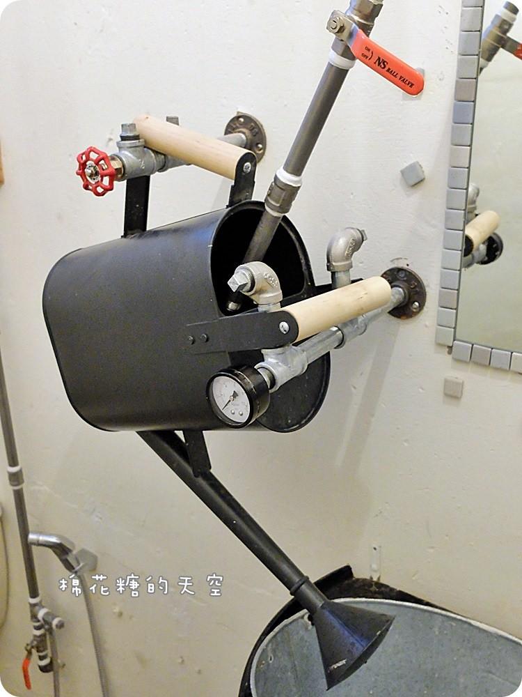 環境廁所2.JPG