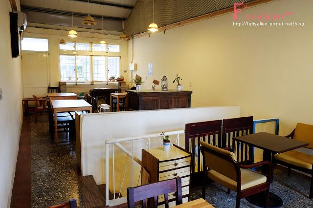 《台中老宅攻略》三十家台中老宅咖啡、餐廳懶人包,快來看看老房子裡藏著什麼挖不完的寶藏,不收藏可惜呀!