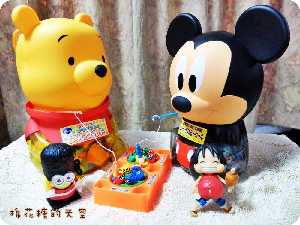 《過年送禮》盛香珍最新超大蝴蝶派將近百層好香脆,還有各式卡通禮盒,走!帶著米奇、維尼、黃金哆啦A夢拜年去~