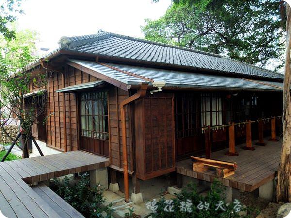 《台中景點》日式風味文學館(下)日式房舍裡住了老爺爺樹!文末加碼美食大推薦!